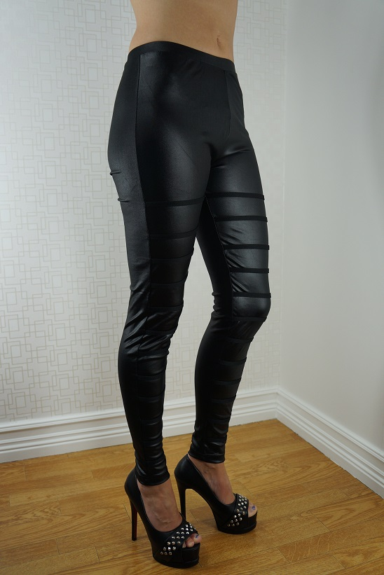 6098bd94320 A pair of leggings for any occasion. FREE SHIPPING with just a click. Enter