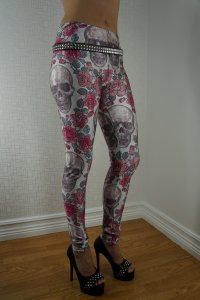 White Skull Red Roses Leggings