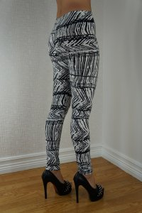 Black Stripes Leggings
